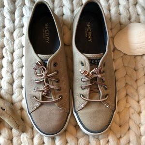 SPERRY TOPSIDER- Tan SNEAKERS- Size 7.5